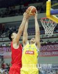 图文-[钻石杯]中国男篮VS澳大利亚 姚明奋力封盖