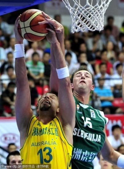 图文-[斯杯]澳洲VS斯洛文尼亚安德森遭封盖