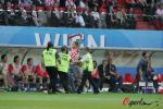 图文-[欧洲杯]奥地利0-1克罗地亚进场球迷被制止