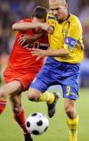 图文-[欧洲杯]俄罗斯VS瑞典永贝里不惧对手紧逼