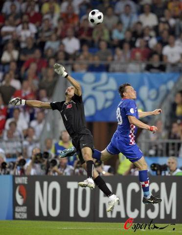 图文-[欧洲杯]克罗地亚VS土耳其鲁斯图又拯救球队