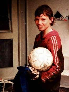 图文-钢铁之师德国国脚童年照莱曼身材从小就很棒