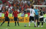 图文-[欧洲杯]德国VS西班牙巴拉克被激怒了