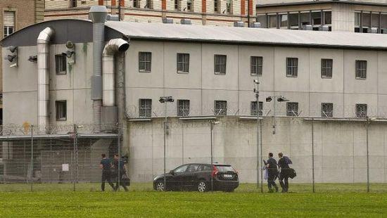 窃取舒马赫病例嫌疑人在牢房死亡 生前曾拒绝认罪