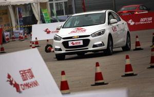 首届金卡纳全国挑战赛北京站开幕掀起平民赛车热