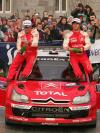 图文-WRC爱尔兰站勒布夺冠勒布享受冠军时刻