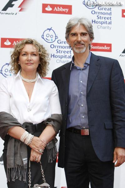 图文-伦敦F1慈善PARTY达蒙-希尔与其爱妻
