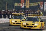 图文-雷诺F1车队印度路演两辆梅甘娜杯赛车角逐