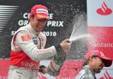 巴顿香槟雨喷向技师