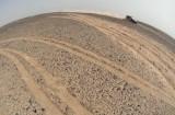 大漠中的小赛车