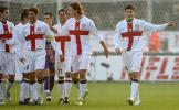 图文-[意甲]佛罗伦萨0-2国际米兰人群之中他最显眼