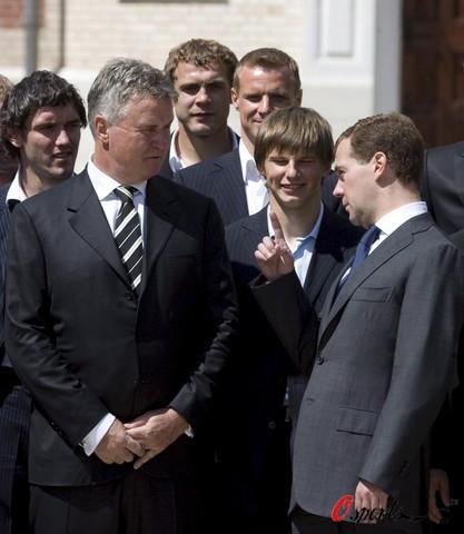 图文-俄罗斯队受到总统亲自接见如此高贵的礼遇