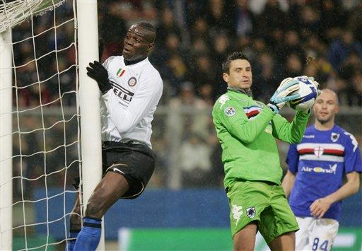 图文-[意大利杯]桑普多利亚3-0国米妖童撞柱瞬间