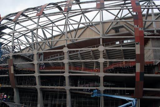 图文-新浪受邀探访世界杯决赛场 体育场的骨架结构