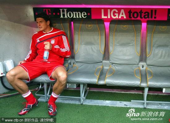 图文-[德甲]拜仁慕尼黑vs科隆 戈麦斯安坐替补席