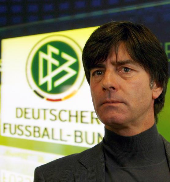 图文-德国队训练备战世预赛主帅勒夫胸有成竹