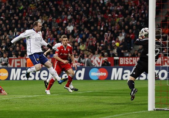 图文-[欧冠]拜仁慕尼黑VS曼联换个角度看鲁尼进球