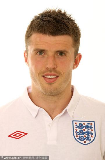 图文-英格兰国家队标准照 球员卡里克_国际足