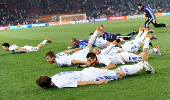 图文-[小组赛]斯洛伐克3-2意大利 赛后庆祝胜利