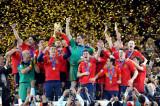 西班牙捧得大力神杯