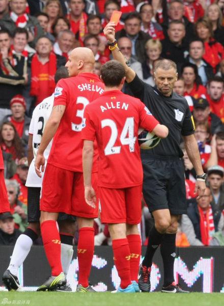 利物浦vs曼联谢尔维被罚下