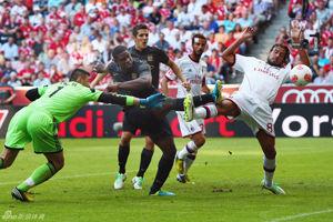 奥迪杯-哲科沙拉维2球曼城5-0领先5-3胜AC米兰