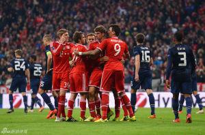 欧冠-领袖破门难救主罗本传射曼联1-3拜仁遭淘汰