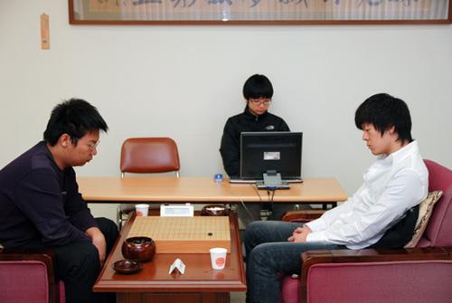 图文-第15届LG杯预选第4轮现场周睿羊VS尹峻相