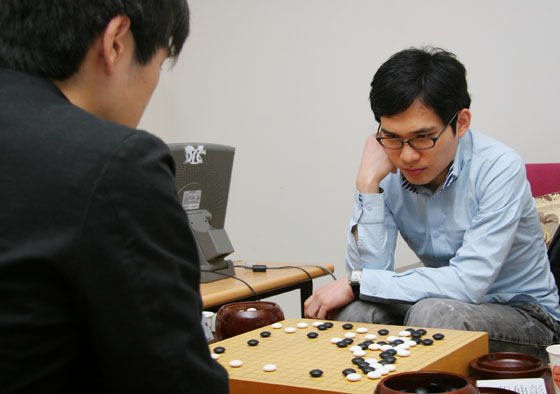 图文-LG杯预选赛决胜轮现场金玄燮很纠结