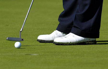 不履行击球入洞将被取消资格高尔夫球规则贴士