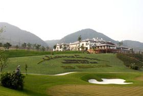 重庆庆隆南山高尔夫球会开启美好惬意的度假生活