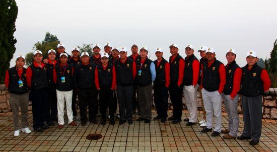 中国高尔夫媒体联盟成员合影