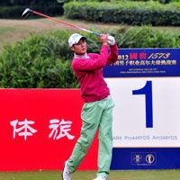 严斌71杆领先挑战赛总决赛首轮刘宇翔并列第二