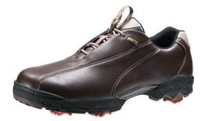 美津浓新款超宽轻量球鞋上市 提供宽松舒适款式