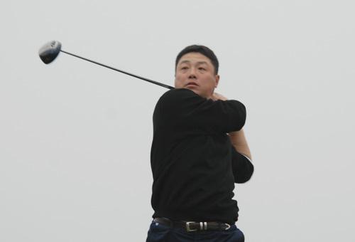 图文-俱乐部联赛总决赛第三轮南京银杏湖戚增发