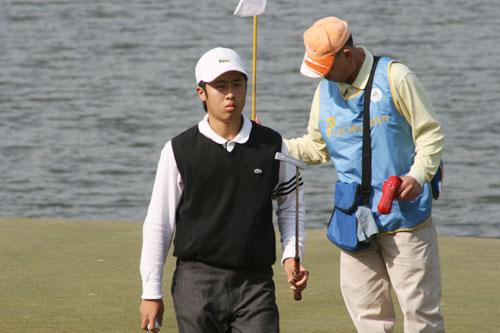 图文-中国业余公开赛首轮战况国家队队员肖瑟
