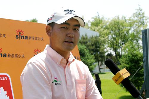 图文-华彬公开赛第三轮李超接受采访