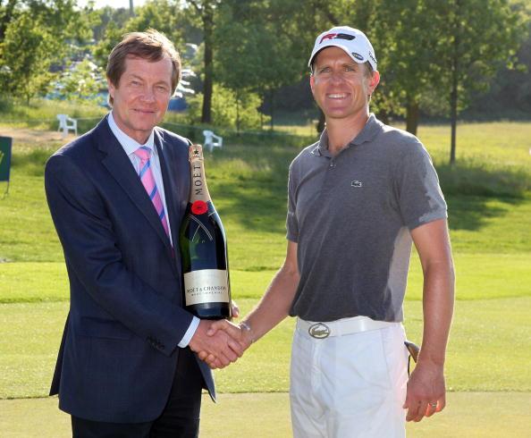 图文-欧洲公开赛决赛轮获得香槟一瓶