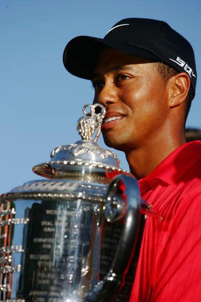 图文-伍兹生涯伟大时刻2006年赢得PGA锦标赛