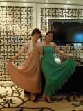 长裙靓女LISA与汤雅竹
