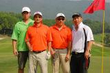 图文-第九届美加高尔夫对抗赛推了个好球