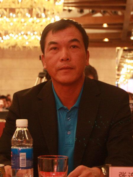 中国著名球员张连伟