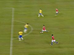 进球视频-门将大脚策动反击 巴尔加斯爆杆扳平
