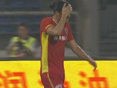 视频-伊斯梅洛夫抢点推射破门 越位在先被判无效