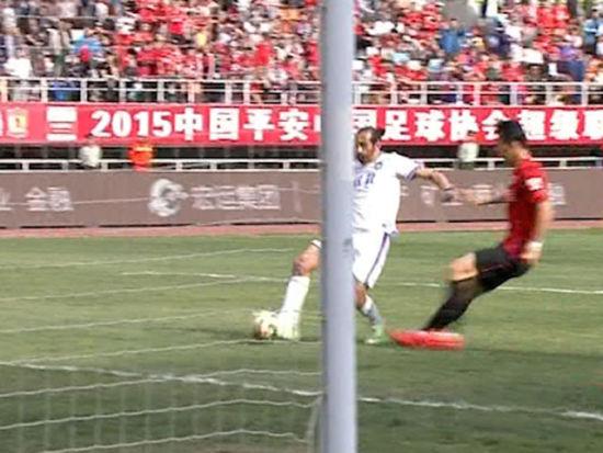 进球视频-维尔玛妙传烈鸟失单刀 巴尔克斯补射得手