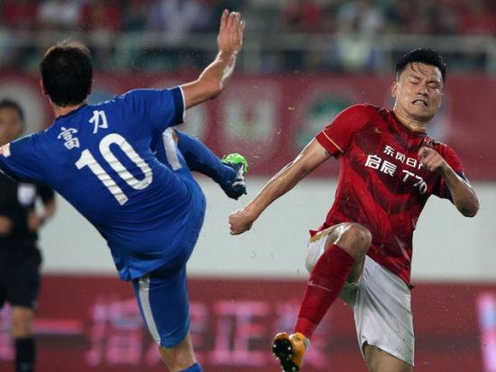 视频集锦-郜林点射高拉特头槌 德比恒大2-2富力