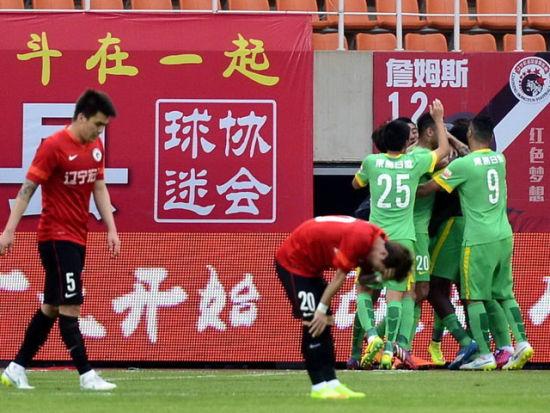 视频集锦-阿甘传射拉蒙破门 杭州2-0客胜辽宁