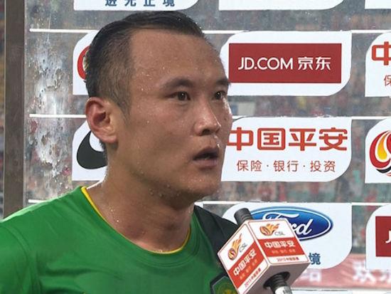 视频-徐云龙:艰苦的一战 场地差影响了双方发挥