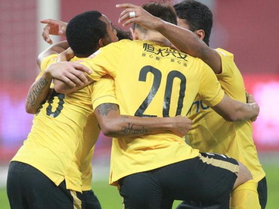 视频集锦-巴西三叉戟3连击 恒大3-0上港回榜首