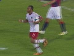 进球视频-罗比尼奥禁区内乱战进球 AC米兰扳回一城